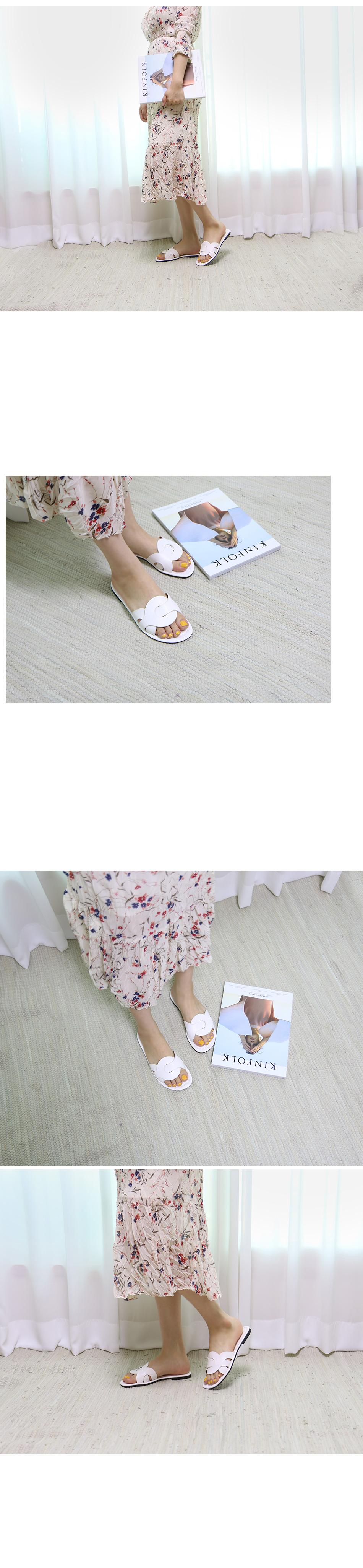 지오즈 스트랩 슬리퍼 착용컷
