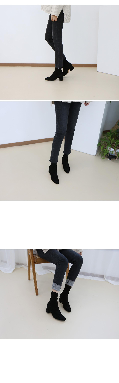 노벤타 스웨이드 스판 앵클부츠 착용컷