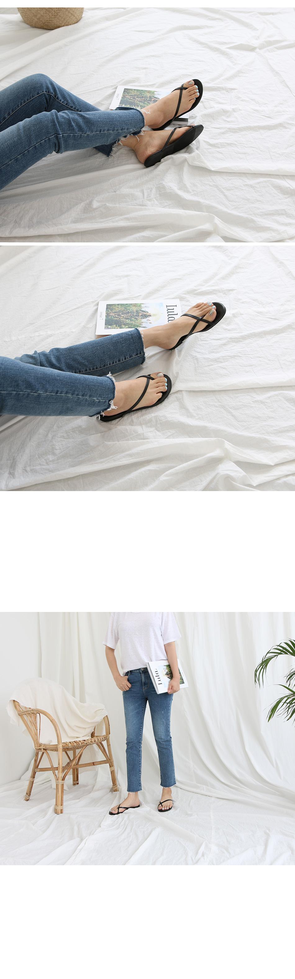 로에스 베이직 쪼리 슬리퍼 착용컷